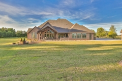 custom-home-large-lot